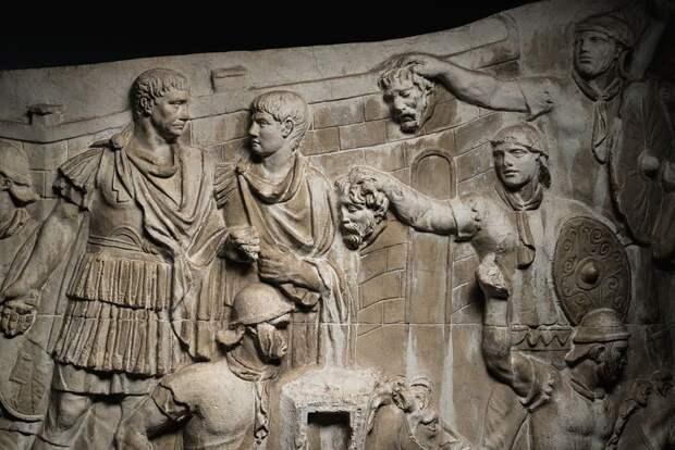 Колонна Траяна: каменный комикс Древнего Рима