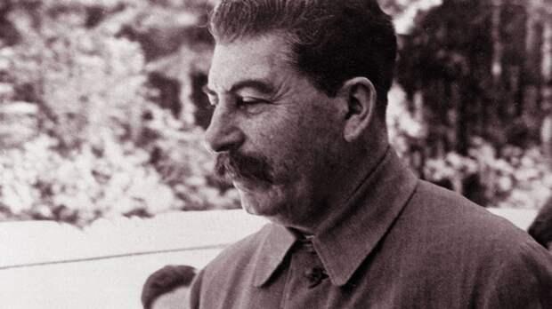 https://interesnyefakty.org/wp-content/uploads/Foto-Stalina-65.jpg