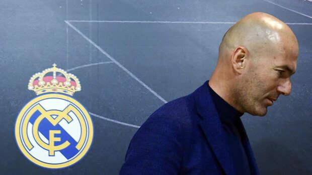 Перес непланирует увольнять Зидана, решение обуходе может принять только сам тренер