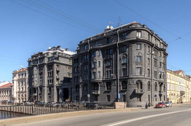 """Дом """"ультрамаринового короля"""" Веге (Петербург)."""