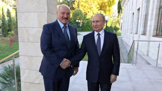 Путин получил поздравления от Александра Лукашенко в День Победы