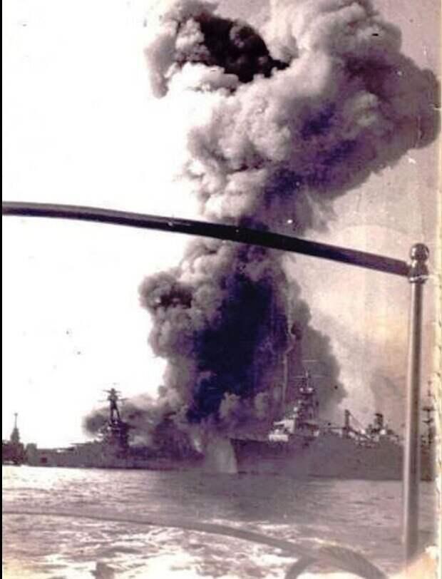 Взрыв линкора «Bretagne»