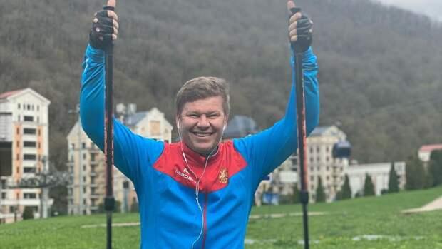 Губерниев рассказал ореакции руководства наперепалку сБузовой