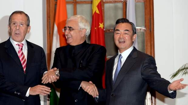 In Serbia: Россия, Китай и Индия покончат с гегемонией США