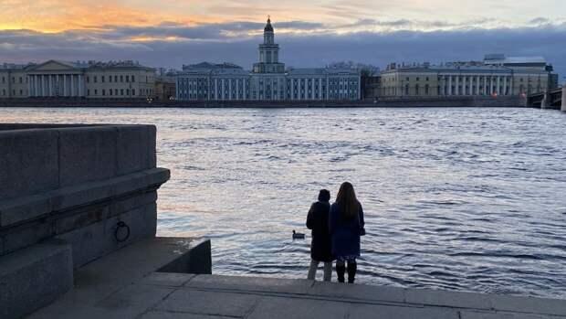 Тепло до +17 градусов ожидается в Санкт-Петербурге во вторник 25 мая