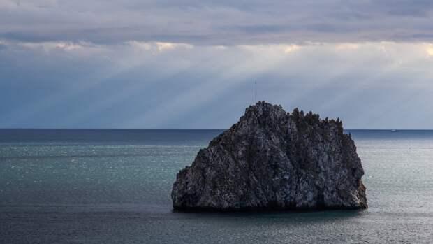 Депутат Госдумы ответил на заявление экс-канцлера ФРГ о Крыме