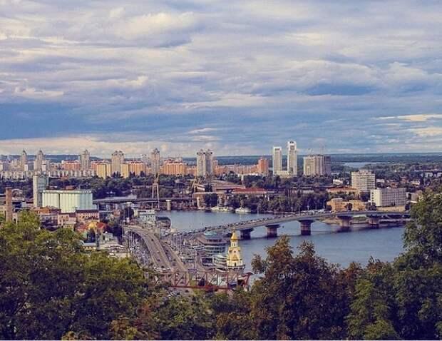 В Киеве полиция обнаружила два взрывных устройства