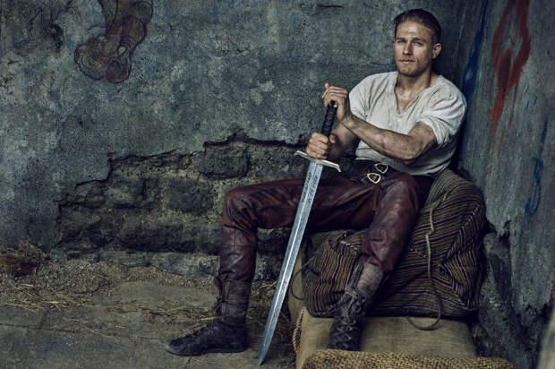 «Меч короля Артура»: Викинг здорового человека