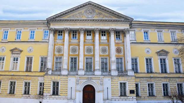 Как выглядят дома самых богатых людей Москвы прошлого