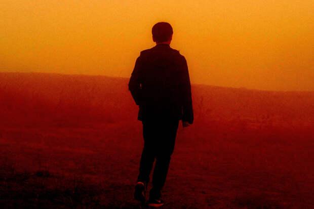 Первая глава дебютного романа Си Памжань «Сколько золота в этих холмах»