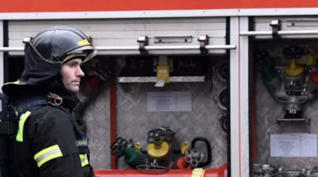 Открытое горение на складе в Челябинске ликвидировано