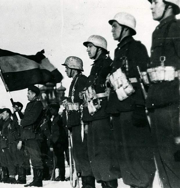 Небольшая армия получилась. Общая численность испанцев за всю войну — от 40 до 50 тысяч.