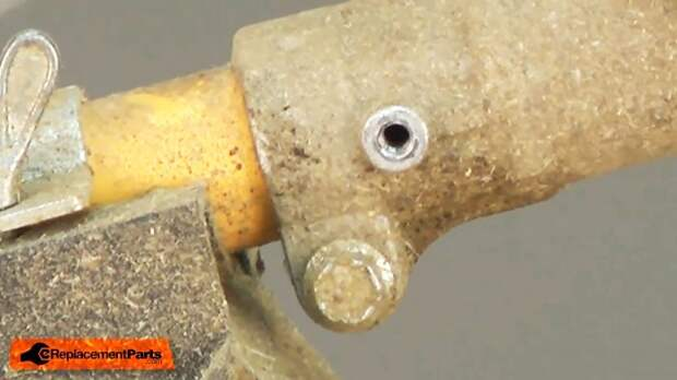 Замена нижнего редуктора мотокосы (триммера)