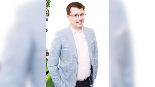 Харламов впервые после развода с Асмус появился на публике с новой возлюбленной