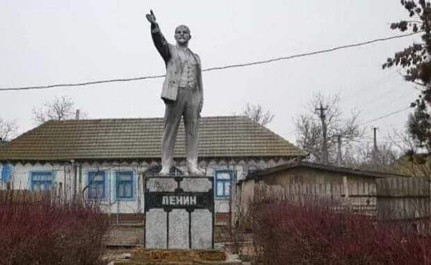 «Спутник V» на украинской орбите