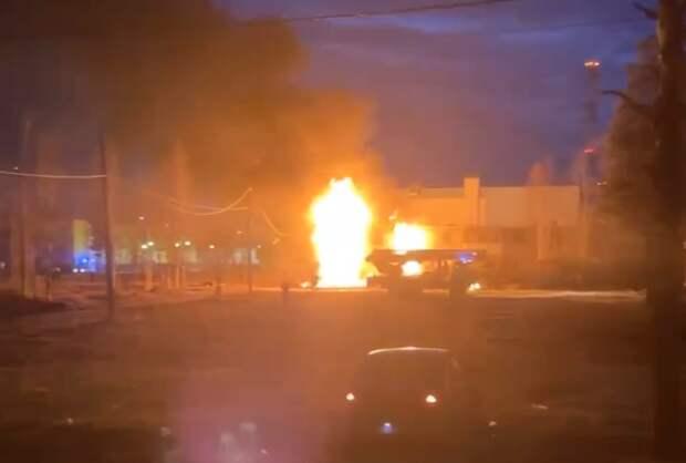 Пять деревянных домов горели в Ноябрьске за одну ночь.