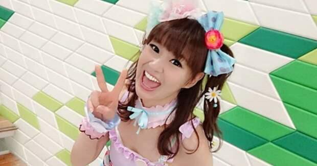Японскую любительницу косплея в 50 лет не отличить от школьницы