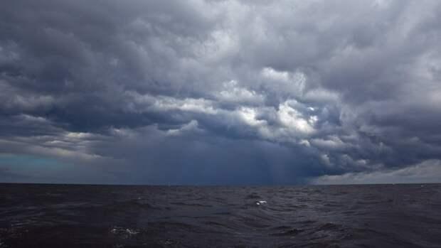 Вильфанд спрогнозировал аномальные погодные явления в ряде регионов России