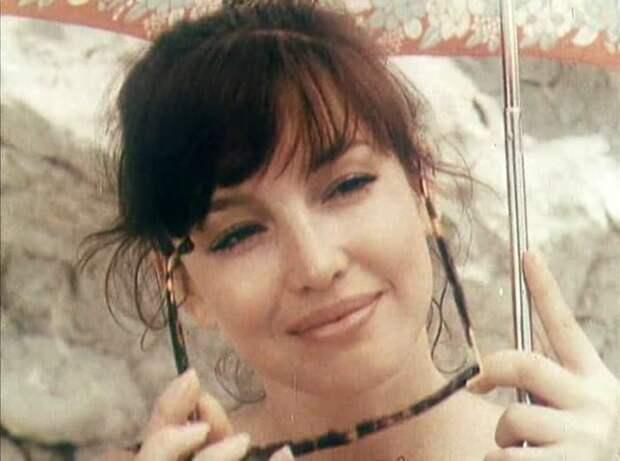Анна Самохина в фильме *Идеальная пара*, 1992 | Фото: kino-teatr.ru