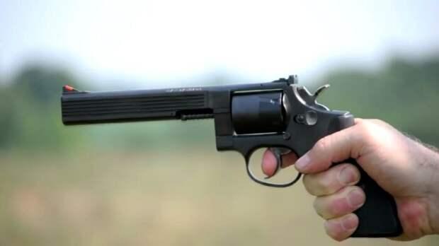 Правда, метко стрелять из Медузы крайне сложно. ¦ Фото: YouTube.
