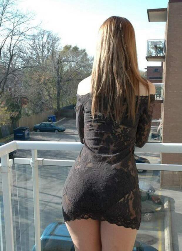 Девушки. Вид со спины