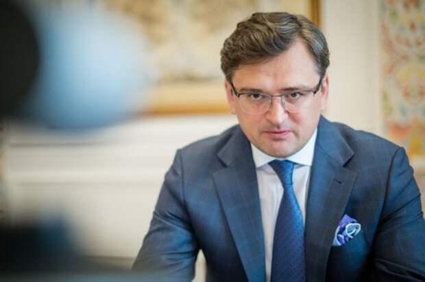 Киев потребовал от Европы отключить Россию от SWIFT