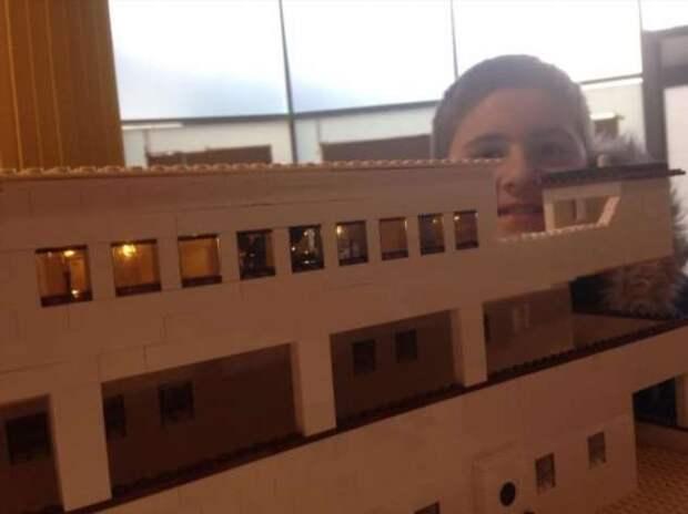 Самая большая копия «Титаника» из Lego