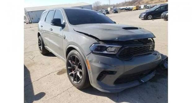 Разбившийся Dodge Durango SRT Hellcar выставили на продажу