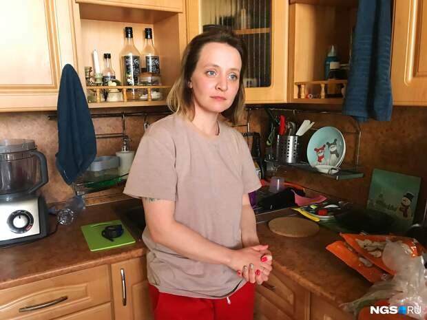Битва за «двушку». Как мать семерых детей делит квартиру с бывшим мужем и его новой женой