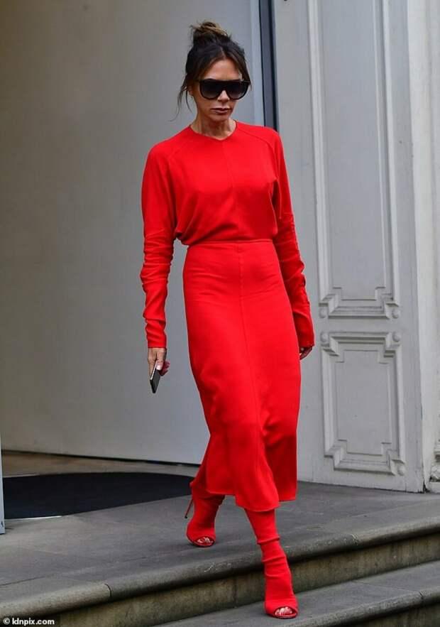 Модные советы: Как правильно носить красную одежду