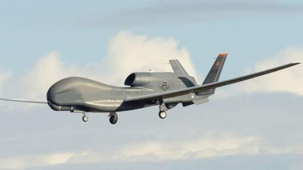 Североатлантический альянс следит за ситуацией в Ливии с помощью дрона