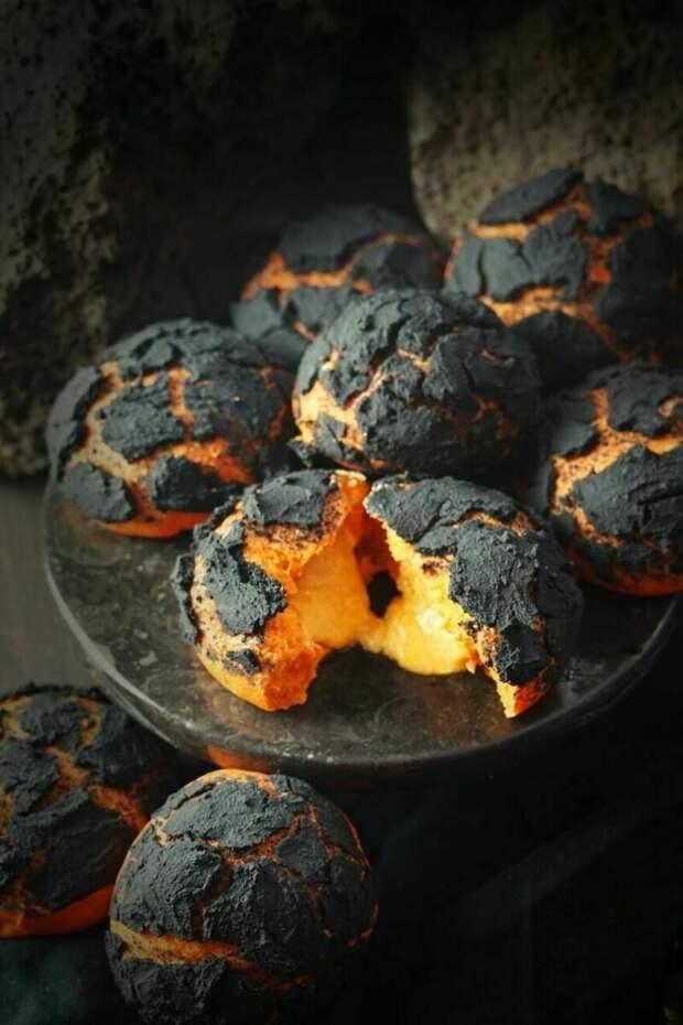 Булочки с лавой и торт-мох: блюда, которые обманывают глаза