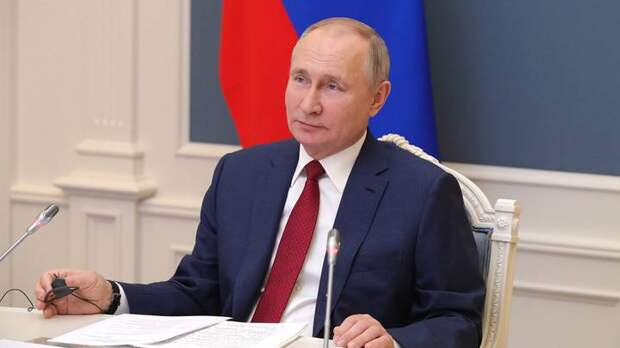 Путин поручил выплатить 10 тысяч рублей школьникам с ограниченными возможностями