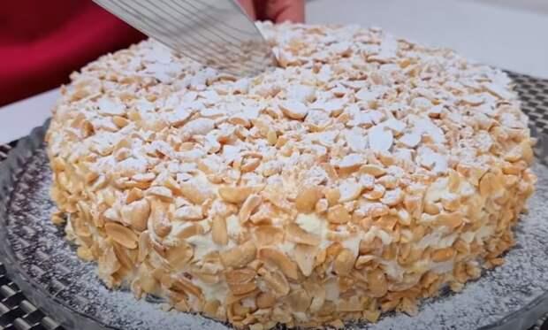 Торт покорил сотни хозяек: за ним всегда огромная очередь. Самый вкусный из 70х