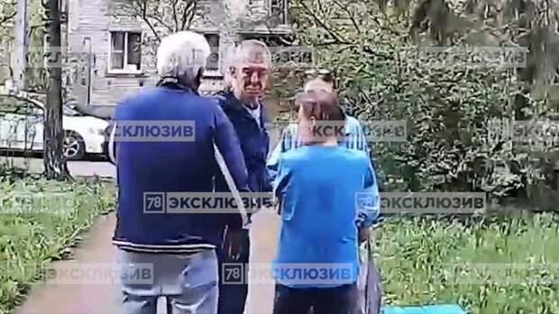 В Колпино драка пожилых мужчин привела к летальному исходу - видео