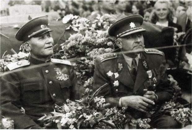 Чехия хочет сохранить нормальные отношения с Россией после осквернения памяти освободителей Праги