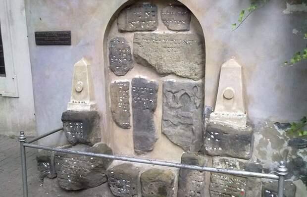 Неизвестные достопримечательности: одно из самых старых кладбищ в Европе