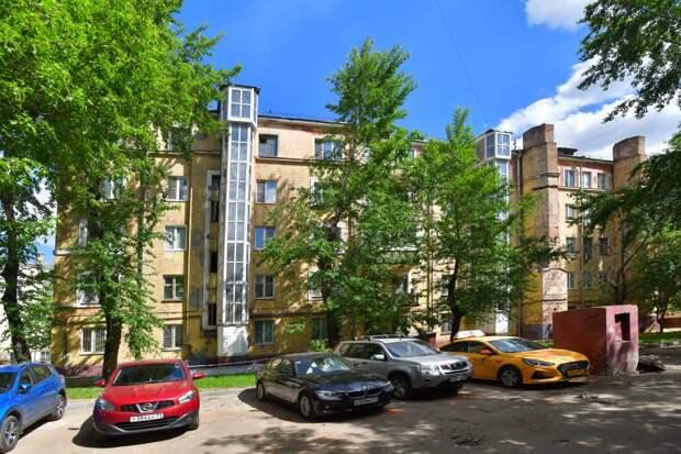 Реконструкция исторического дома началась на 1-й Дубровской улице