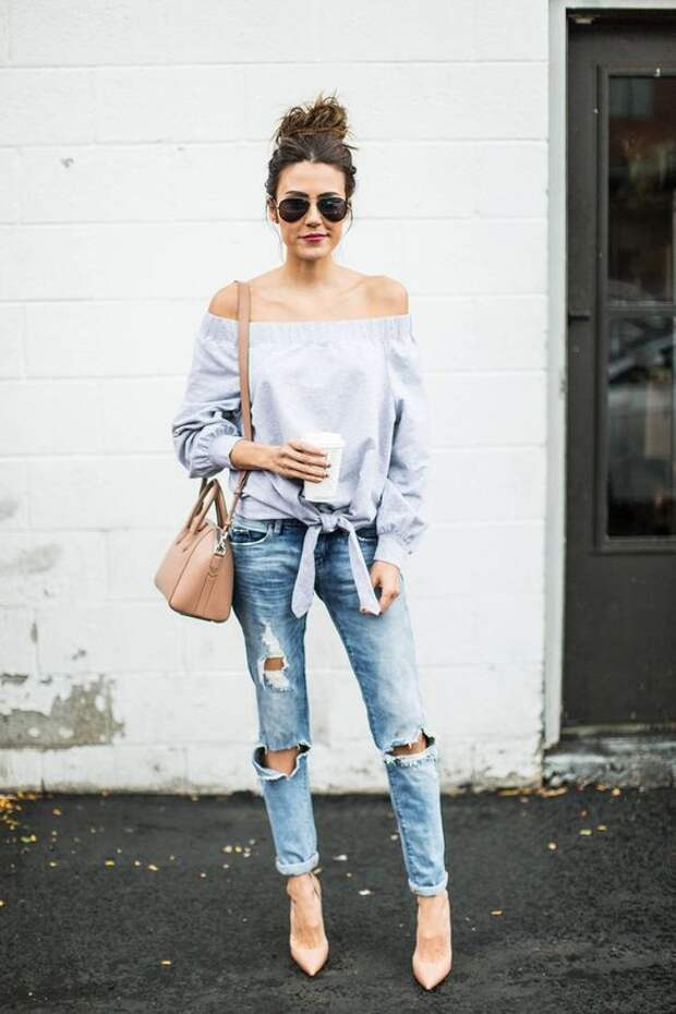 Рваные джинсы: модные летние образы.