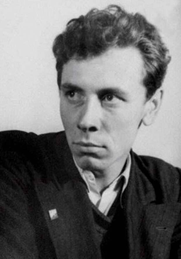 14 архивных фото советских знаменитостей, какими мы их не помним
