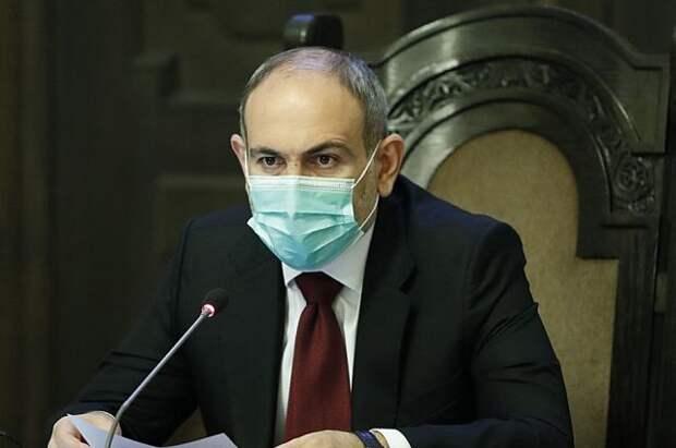 Пашинян объявил об уходе в отставку для проведения выборов в парламент