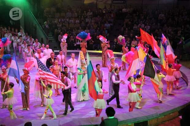 Клоун-эксцентрик, чревовещатель и джигиты выступят на международном цирковом фестивале в Ижевске