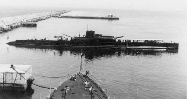 Уникальная и бесполезная. Крейсерская подлодка Surcouf (N N 3)
