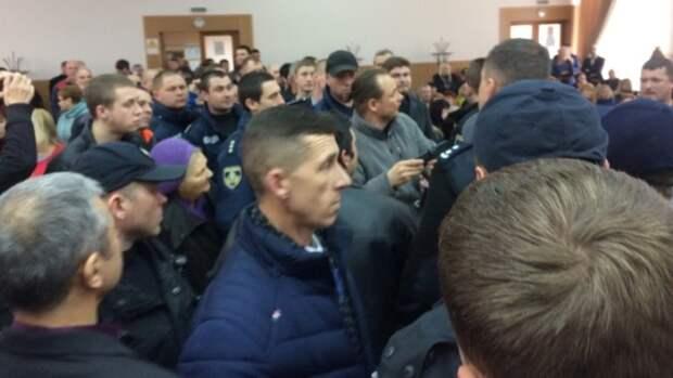 Кровавая драма: украинские радикалы и ветераны АТО устроили бойню в Херсоне