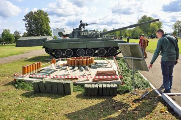 Какие эксклюзивы показали в День танкиста в Кантемировской дивизии