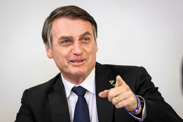 «Мыочень похожи»: президент Бразилии сравнил себя сПутиным