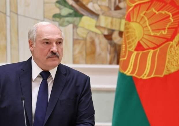 Лукашенко обещал закрыть частные предприятия при их отказе создать профсоюзы