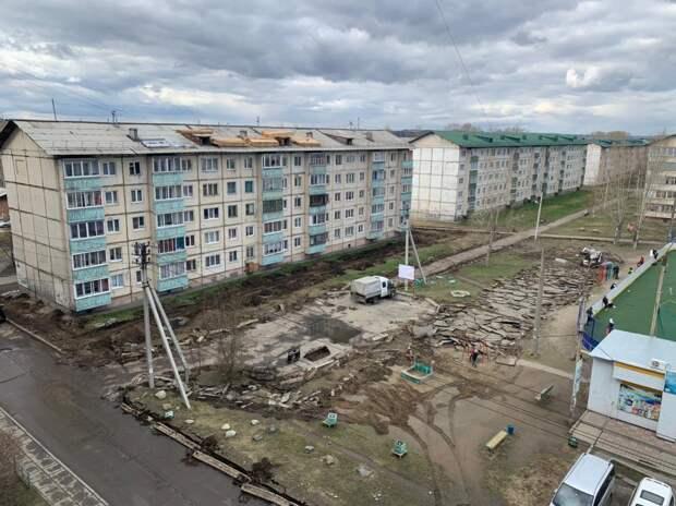 В 4 микрорайоне Шелехова приступили к благоустройству общественной территории