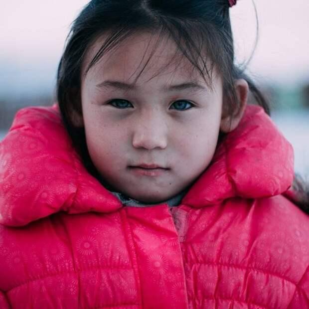 Хотон-монголы: гаплогруппа R1a1