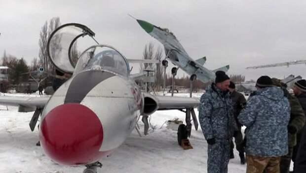 В ЛНР отремонтировали и подготовили к вылету несколько самолётов боевой авиации